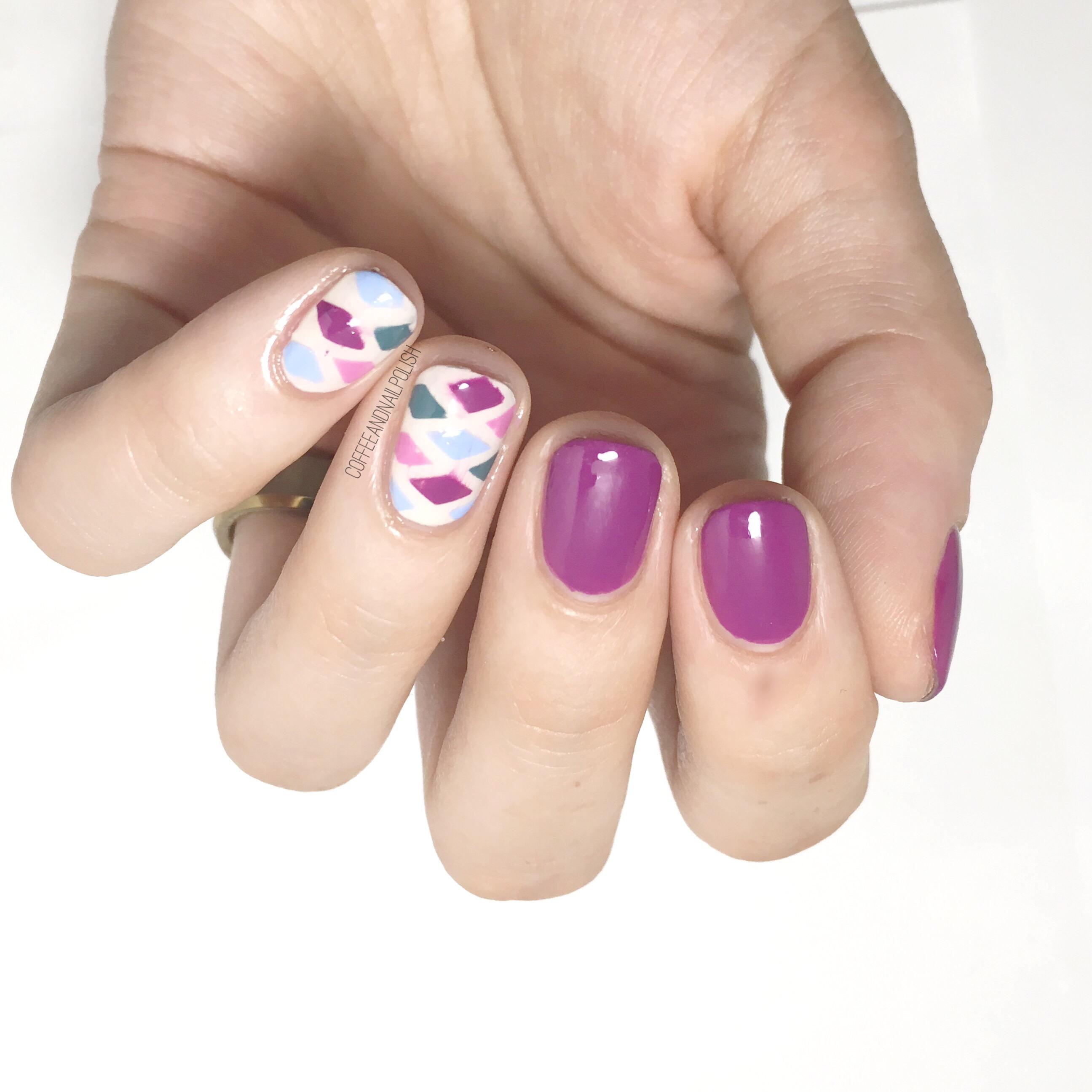 Diamond Pattern Accent Nails – Coffee & Nail Polish