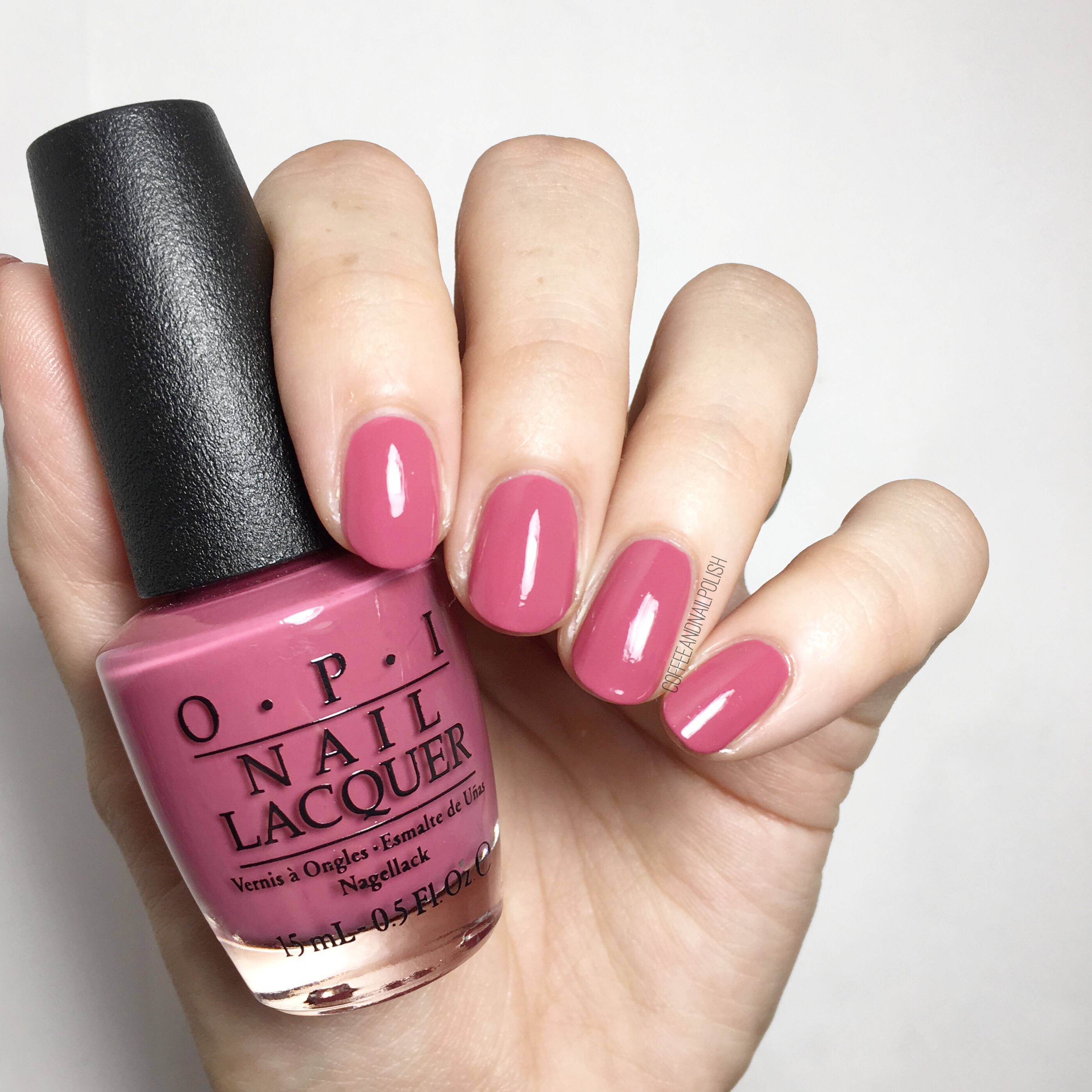 Winter Nail Polish: SWATCH SUNDAY: OPI Fall/Winter 2017 Iceland Collection
